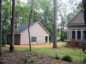 cottage-stand-alone-garage-addition-side