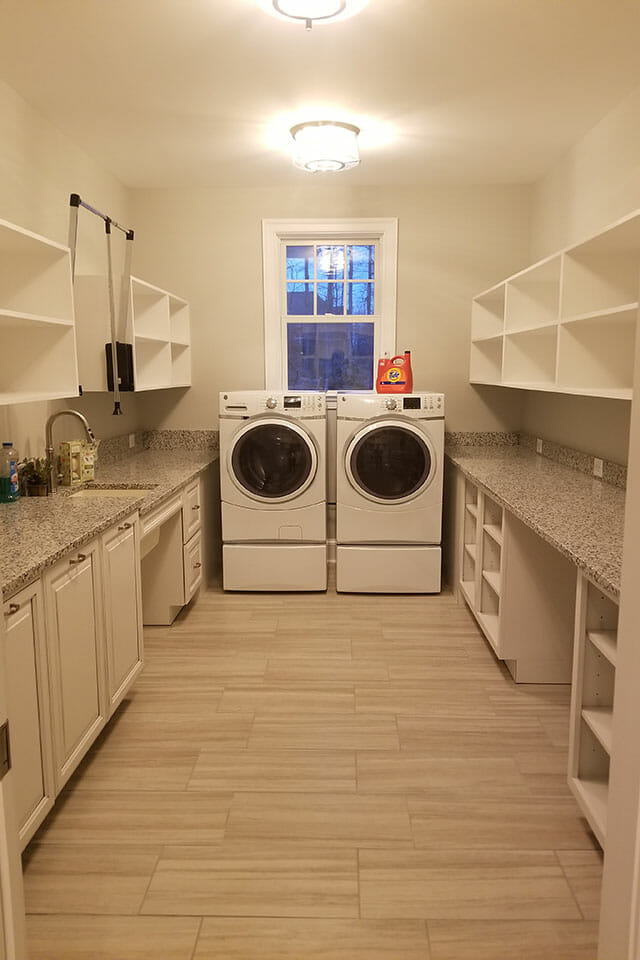 050-Laundry-072451