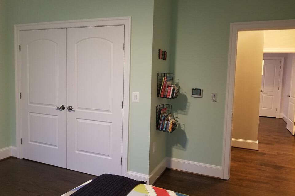 163-Bedroom-03-073557