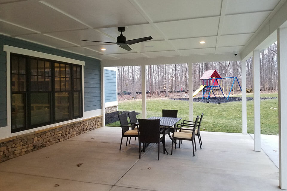 200-Porch-075501
