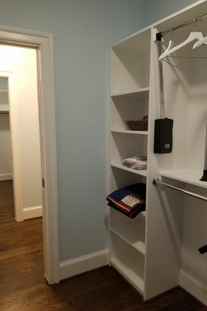 110-Bedroom-01-Master-Closet-072708