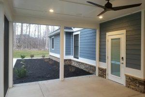 200-Porch-075612