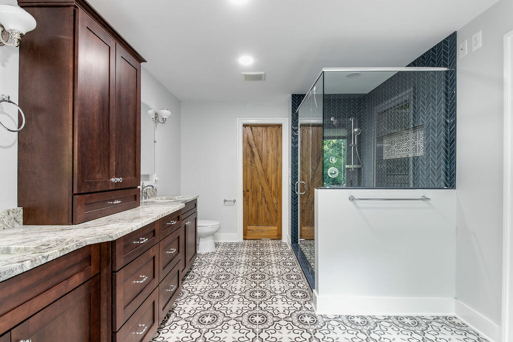 Master bath in warrenton whole bathroom - Golden Rule Builders - Bathroom remodeling / renovation